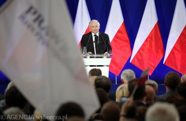 Prezes PiS Jarosław Kaczyński przemawia podczas Kongresu Prawicy