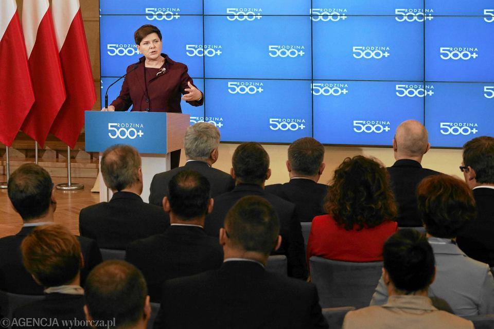 Premier Beata Szydło o 500 plus