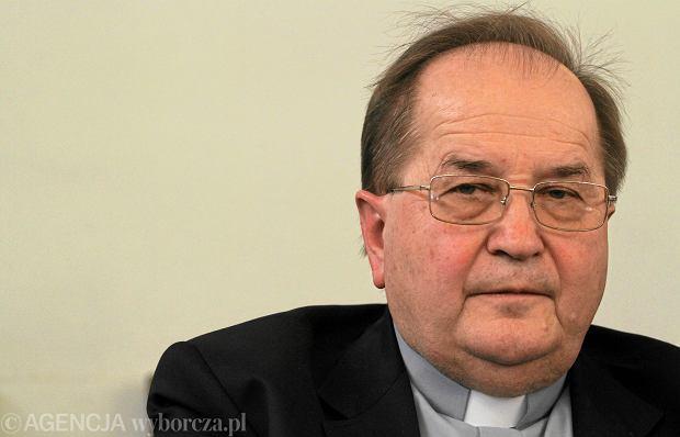 O. Rydzyk jest oburzony tym, że warsztaty Radia Maryja mają być prowadzone po godzinach lekcyjnych