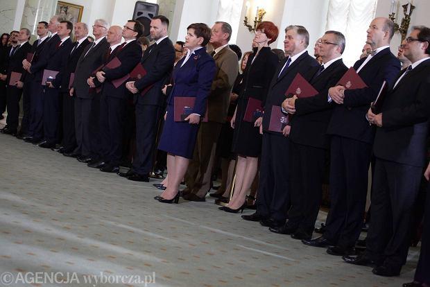 Rząd PiS w komplecie