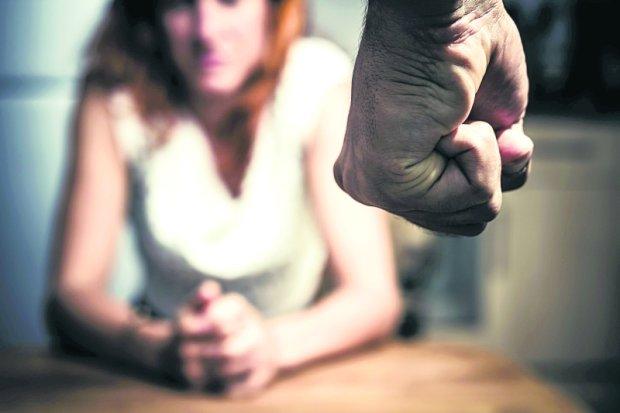150 kobiet i ok. 30 dzieci co roku ginie w wyniku tzw. nieporozumień rodzinnych