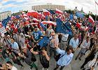 KOD z lewicą oraz Platforma z Nowoczesną i PSL? Koalicyjne warianty opozycji