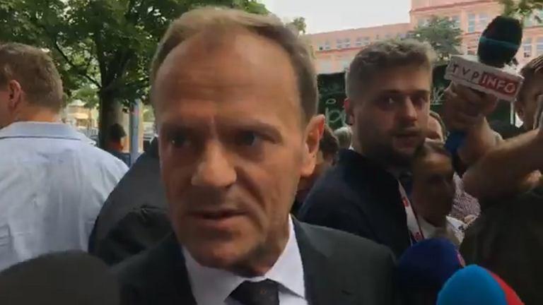 Donald Tusk przed przesłuchaniem w prokuraturze