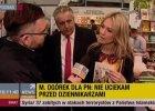 Dziennikarz Polsatu zagadnął Ogórek na targach książki. A ona nieoczekiwanie zgodziła się na wywiad