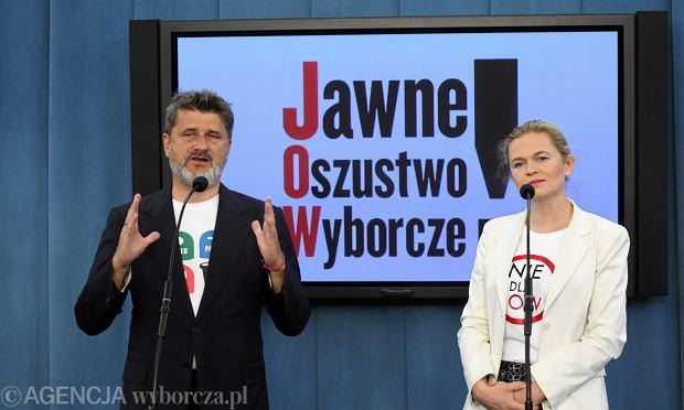 Janusz Palikot i Barbara Nowacka podczas konferencji prasowej