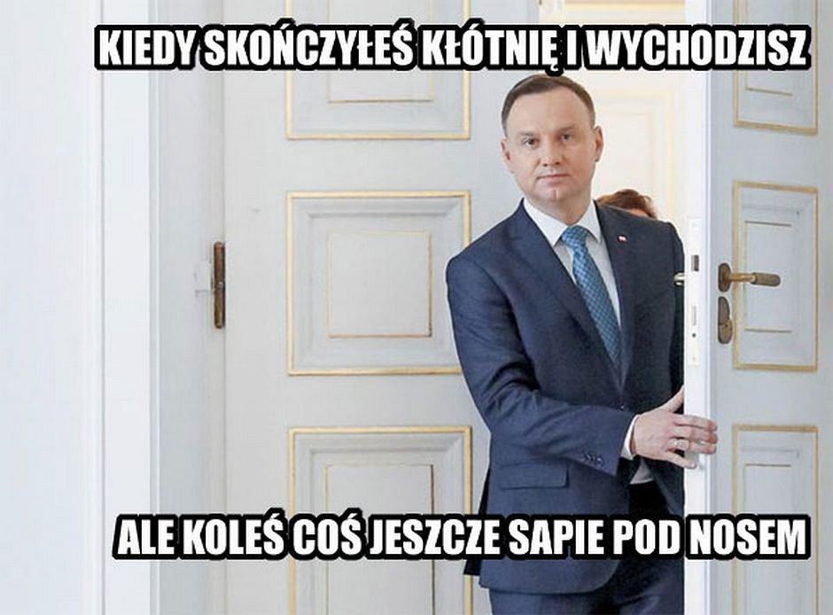Dwa weta Andrzeja Dudy - Memy