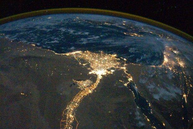 Delta Nilu widziana nocą z Międzynarodowej Stacji Kosmicznej