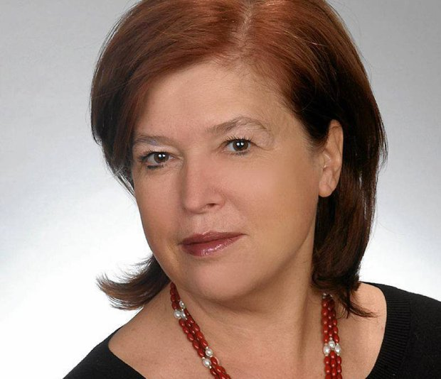 Prof.  Grażyna Demenko