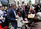 Wybory 2015 w Warszawie. Komorowski: marsz do Pałacu Prezydenckiego