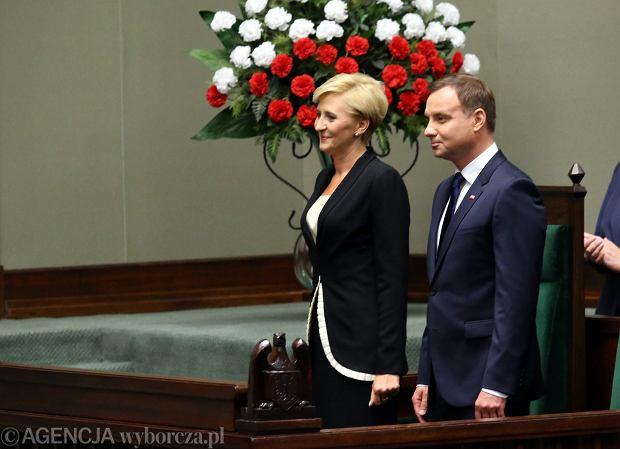 Andrzej Duda z małżonką w Sejmie podczas uroczystości inaugurujących jego prezydenturę