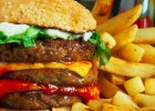 Afrykańczycy zamienili się na diety z Amerykanami. Po dwóch tygodniach zagroził im rak