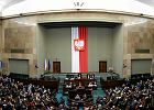 Sejm przyjął uchwały PiS anulujące wybór sędziów TK