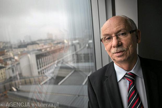Janusz Lewandowski, aktualnie europoseł i przewodniczący Rady Gospodarczej przy pani premier