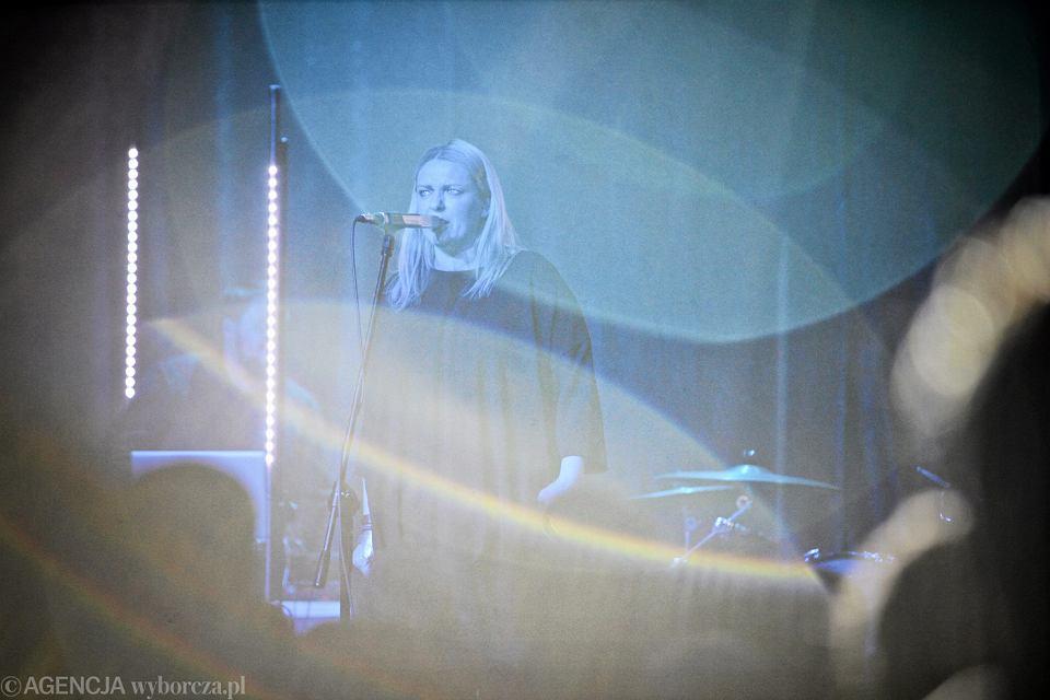 Katarzyna Nosowska nie zaśpiewa na festiwalu w Opolu podczas jubileuszowego koncertu Maryli Rodowicz. To jej protest po decyzji prezesa TVP. Jacek Kurski nie zgodził się, by w Opolu wystąpiła Kayah