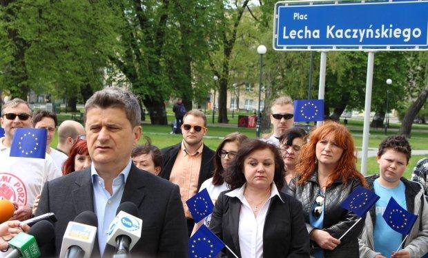 Lublin. Konferencja Janusza Palikota na placu Lecha Kaczyńskiego