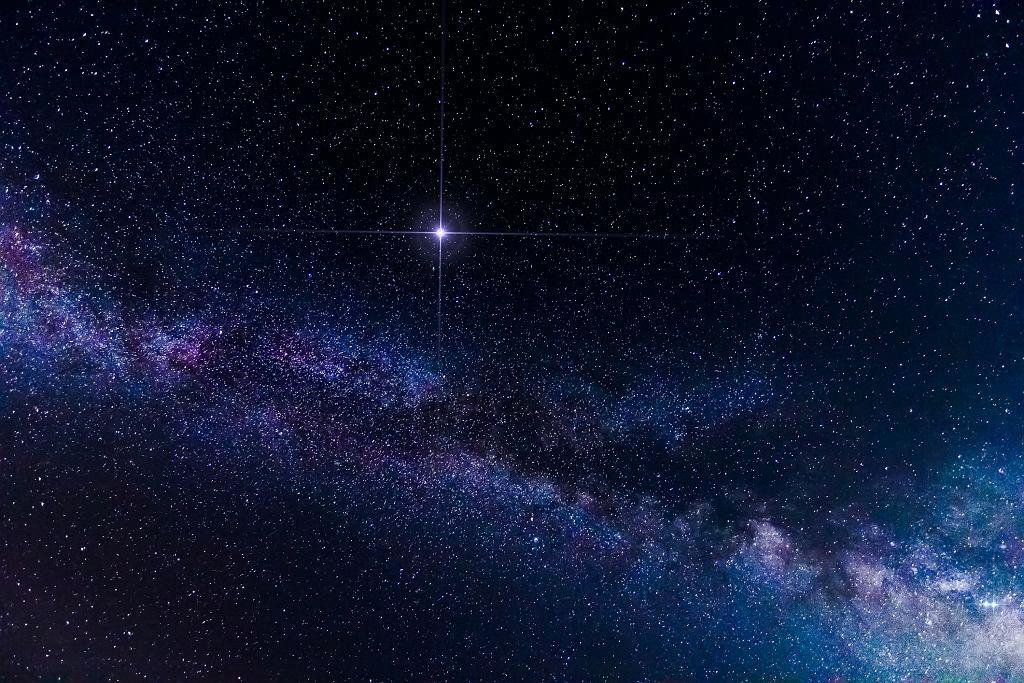 Cały Wszechświat narodził się w wyniku Wielkiego Wybuchu (fot. Nick_Pandevonium / iStockphoto.com)