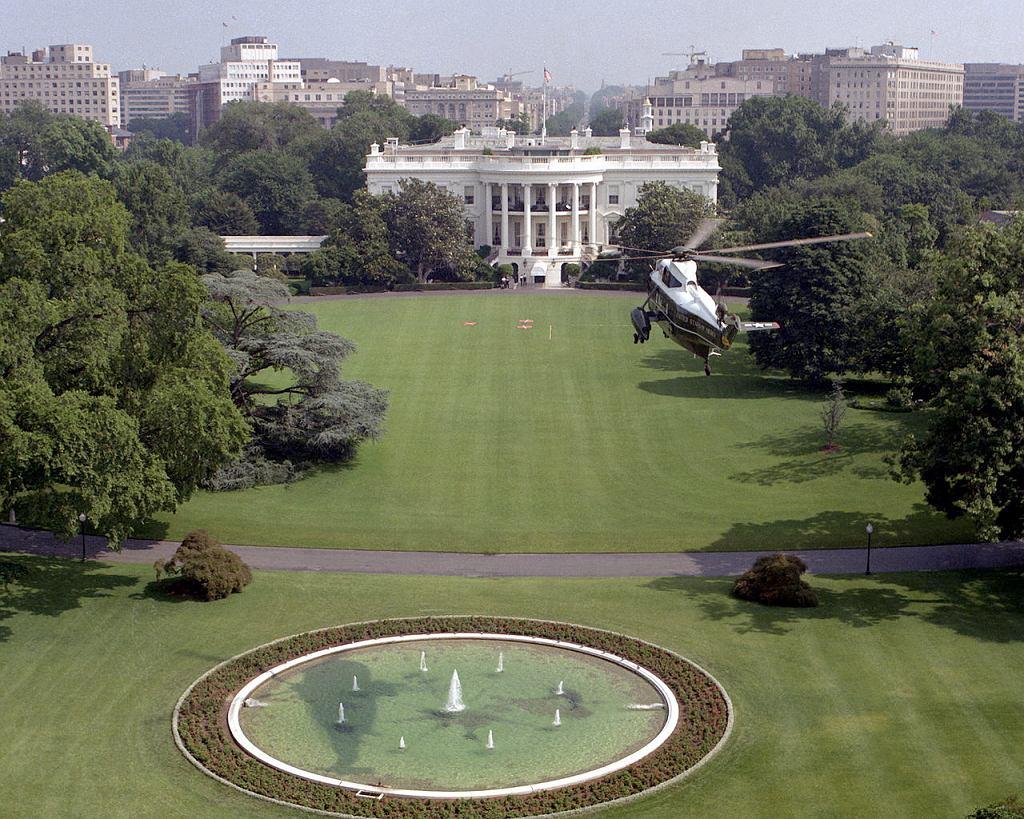 Biały Dom (fot. PHC C.M. Fitzpatrick / wikimedia.org / domena publiczna)