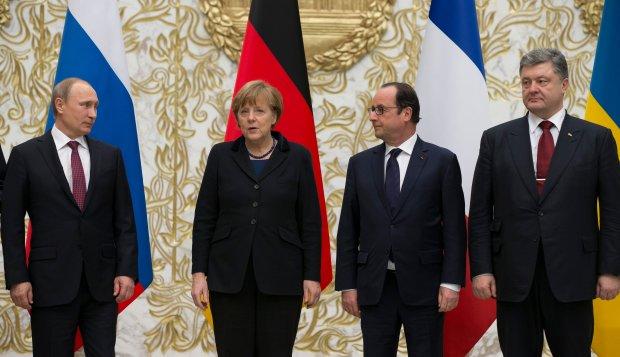 Przwódcy Rosji, Niemiec, Francji i Ukrainy podczas spotkania w Mińsku