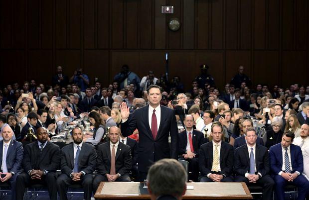 James Comey zeznaje przed komisją senacką w Waszyngtonie