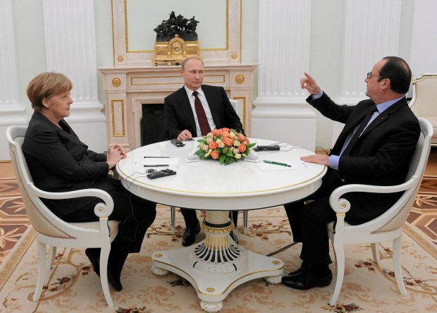 Wczorajsze spotkanie Putina z Angelą Merkel i Francois Hollandem