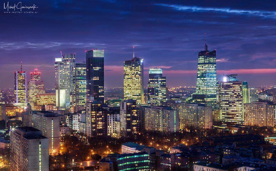 Panoramy Warszawy Ulubione miejsce do robienia zdj Bkitny wieowiec ROZMOWA