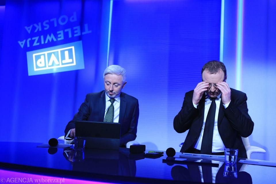 Wiceprezes TVP Maciej Stanecki i prezes Jacek Kurski