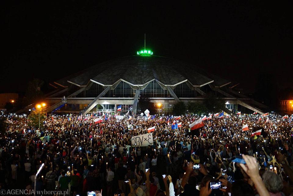 Park Kasprowicza w Poznaniu. Protest w obronie niezawisłości sądów. Sobota 22 lipca