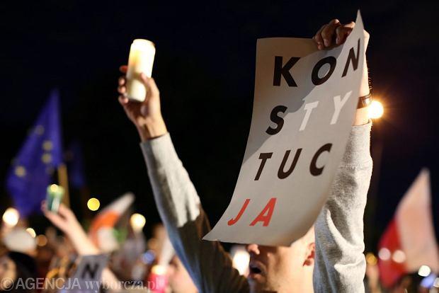 Protest w obronie niezależności sądów, Kraków.