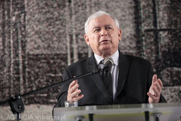 Prezes PiS Jarosław Kaczyński 18 października 2015 r. podczas partyjnego konwentu w Krakowie mówił, że