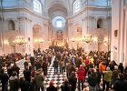 CBOS: 56 proc. Polaków nie ma wątpliwości, że Bóg istnieje. Tylko 3 proc. deklaruje zupełny brak wiary