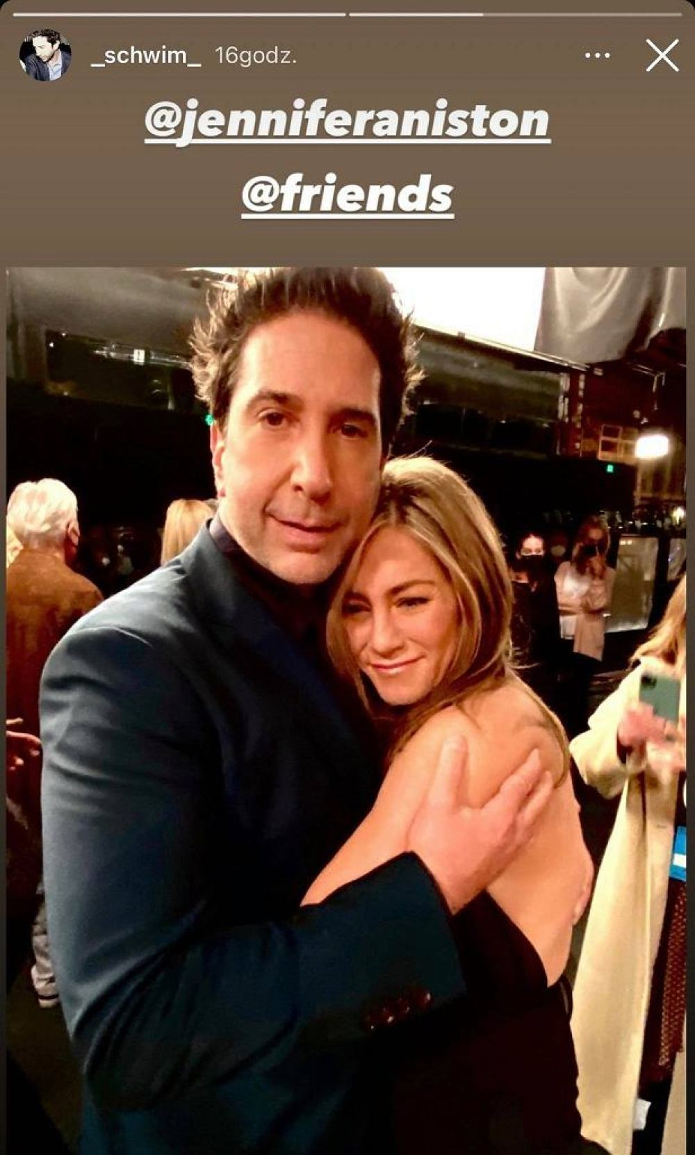 David Schwimmer and Jennifer Aniston are a couple?