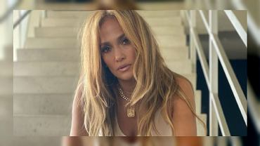 Jennifer Lopez pictured without retouching.  What does her face really look like?  'Nobody's Perfect' (illustrative photo)