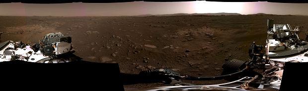 Panorama de Marte desde el rover Perseverance