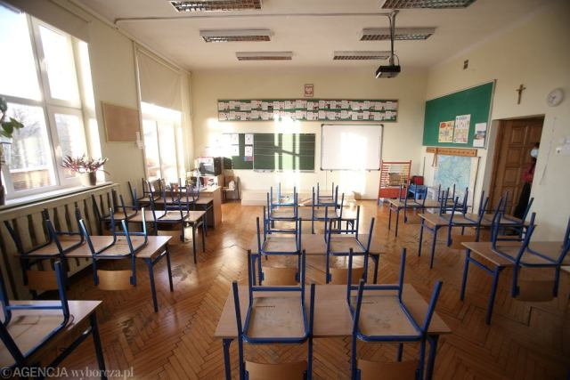 'Coraz więcej dzieciaków już nie chce wracać do szkoły. Ale nie dlatego, że szkoła jest czymś złym, one się już przyzwyczaiły. Im już jest wszystko jedno'