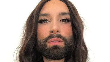 Conchita Wurst after the metamorphosis.  What does it look like in short hair?  It is unrecognizable (illustrative photo)