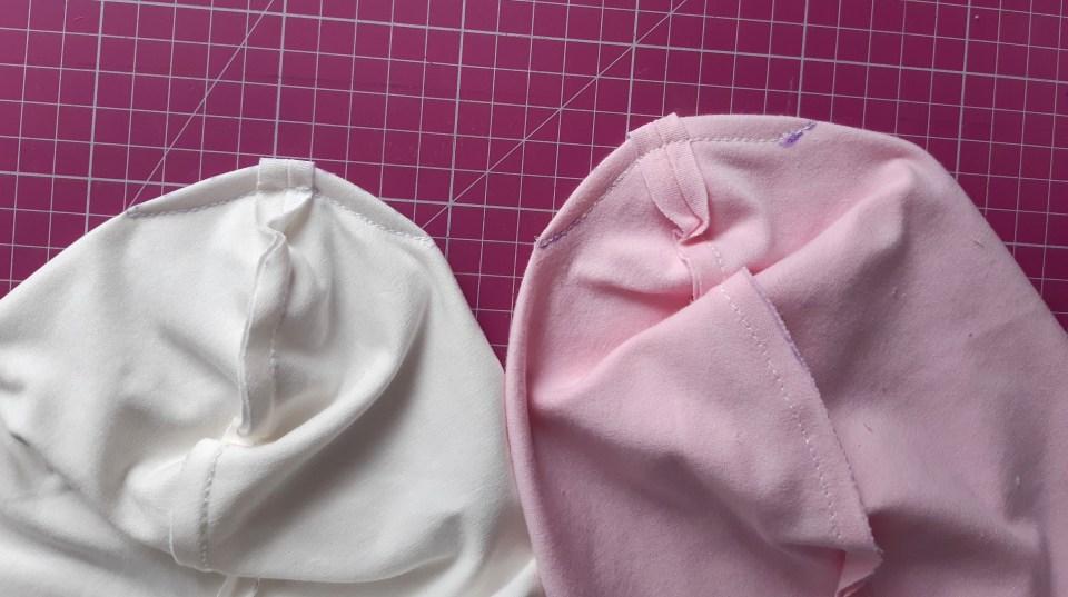 19 1024x573 Jak uszyć czapkę dla dziecka / niemowlęcia? Dwa rodzaje na kilka sposobów.