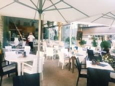 Terrasse und Restaurant