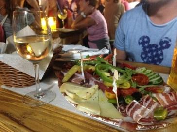 bacchus porec parenzo croazia istria aperitivo prosciutto vino