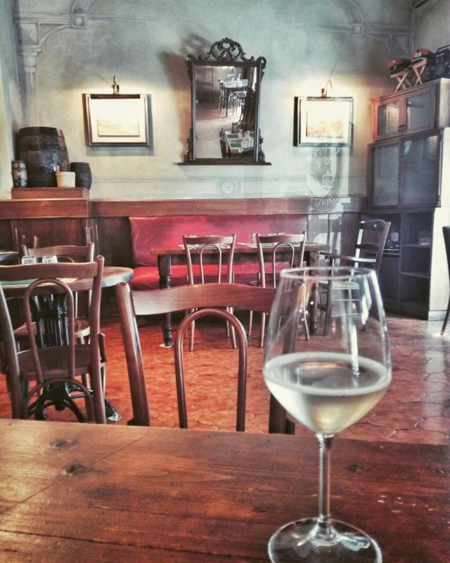 vino-friulano-osteria