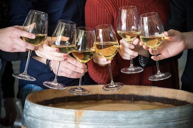 aperitivo-vino-bianco-falanghina.jpg