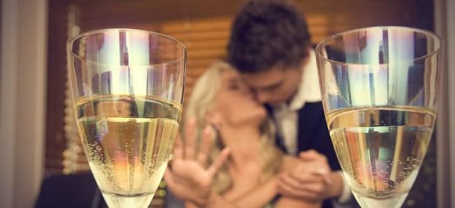 coppia-cena-champagne