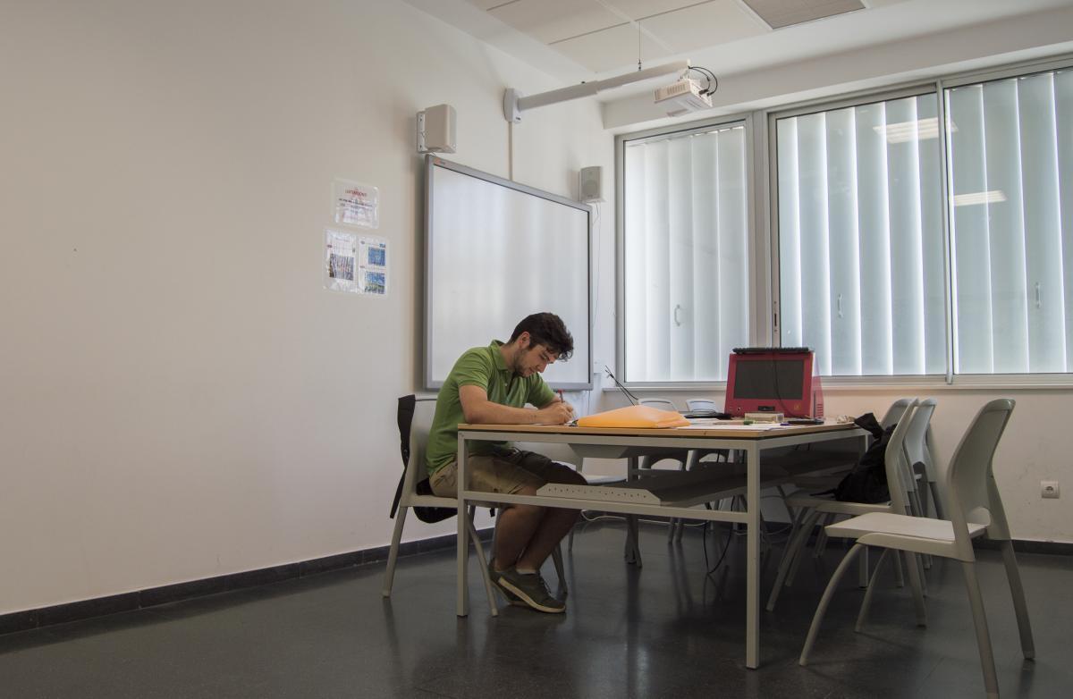 Reserva De Salas De Trabajo En Grupo Biblioteca