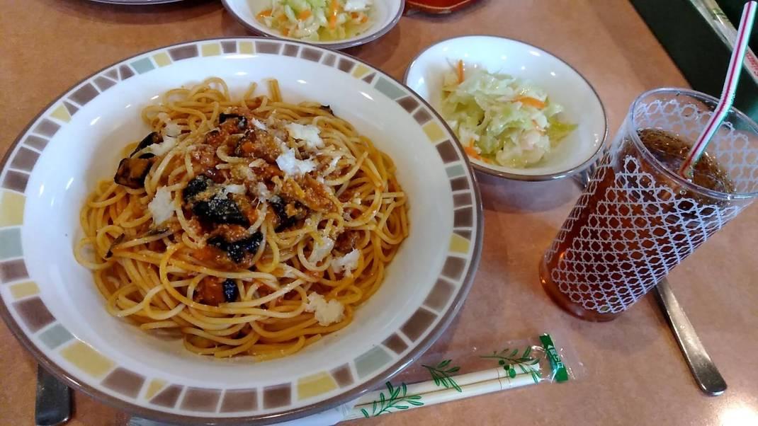 ナスのミートソーススパゲッティ:ランチセット