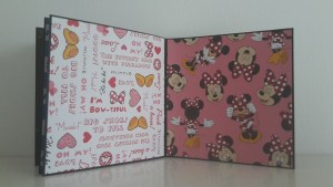 Scrapbooking Mickey Mouse Album