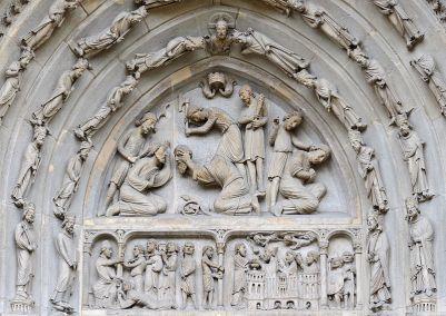 800px-Basilique_Saint-Denis_portail_nord_tympan