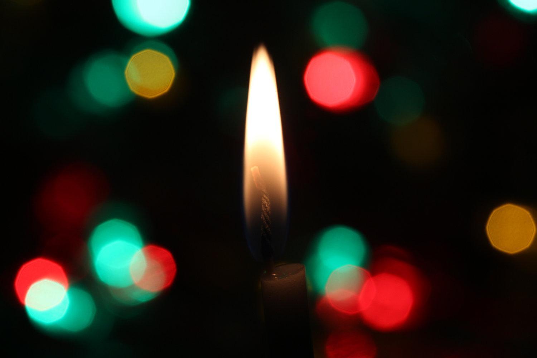 Free Advent Devotional Guides | Celebrating Holidays