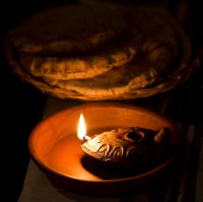 4-11-10_Biblical Dinner_432_2