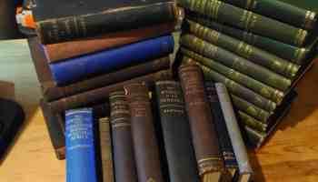 Commentaries for Digitisation