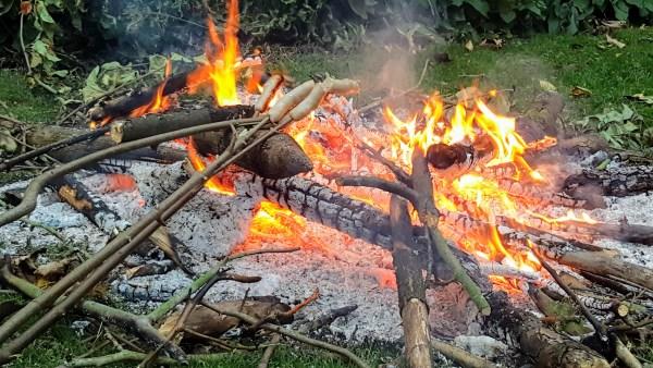 Bibliocook.com - campfire for cooking