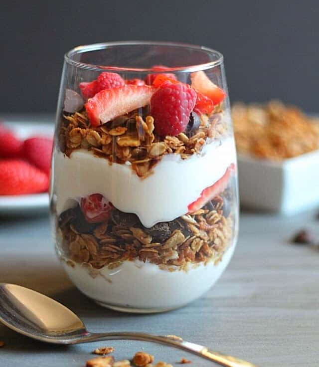 Yummy Healthy Easy Healthy Homemade Granola Parfait